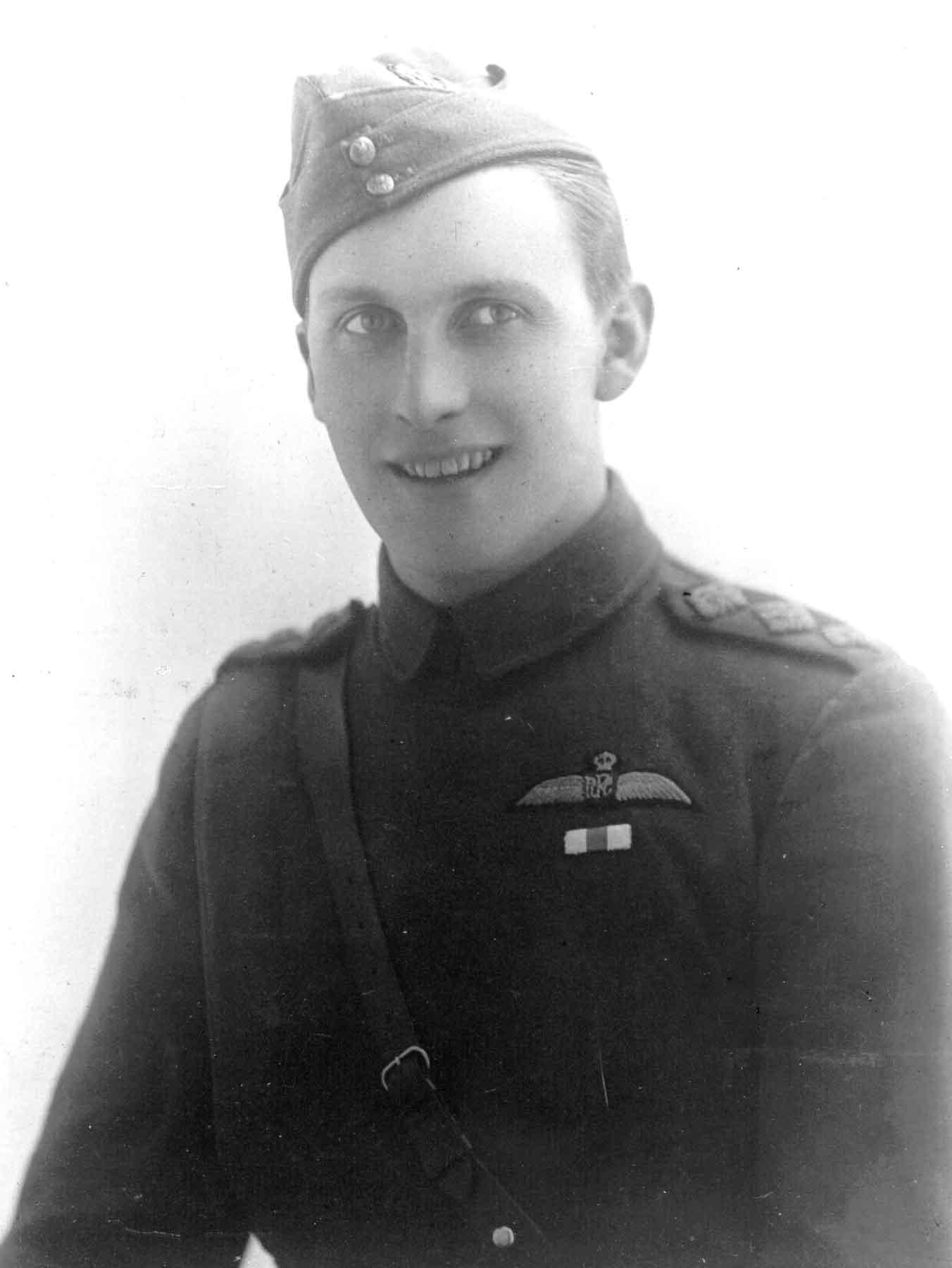 Capt William Sholto Douglas in 1916.