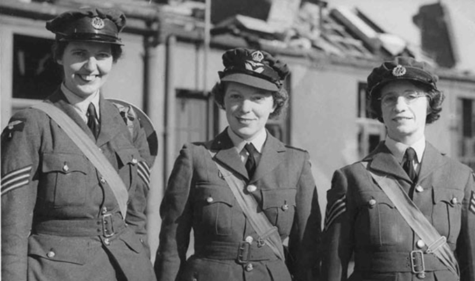 Flt Off Elspeth Henderson (centre) with fellow Military Medal recipients Sgt Joan Mortimer and Sgt Helen Turner
