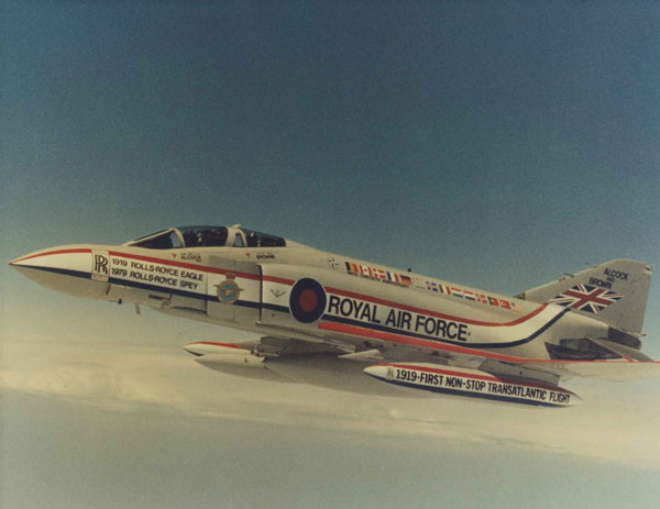 X008-4325-001: McDonnell-Douglas Phantom FGR.2 (XV424) in the Alcock and Brown anniversary markings, 1979