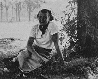 Lady Luisa Abrahams, née Kramerová (1910-2006)
