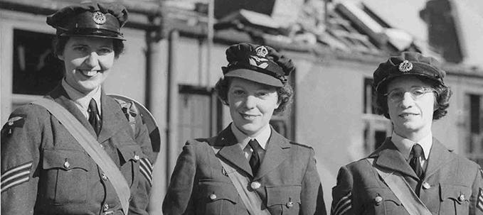 Sergeant Joan 'Elizabeth' Mortimer, Corporal Elspeth Henderson, Sergeant Helen Turner at RAF Biggin Hill, 1940