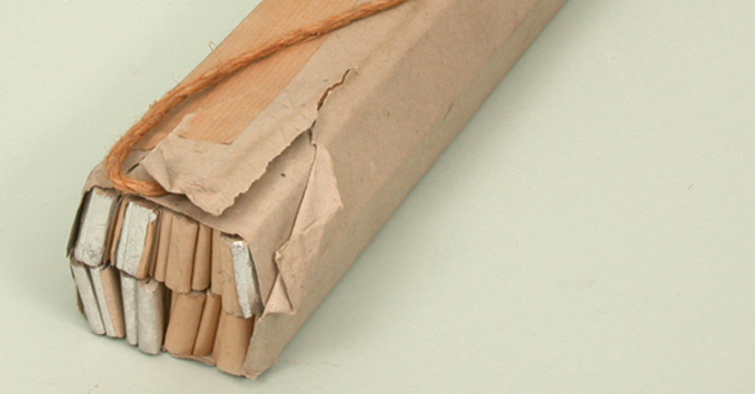 'Window' in its paper wrapping. This would fall apart when dropped allowing the aluminium strips to disperse.