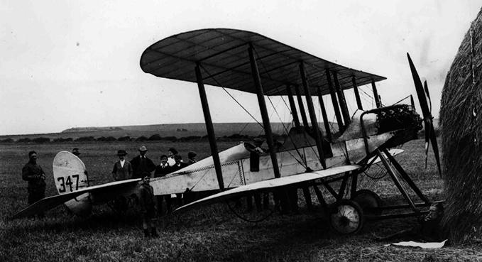 Maj Harvey-Kelly resting near Whitby while en route to Netheravon, 1914 )