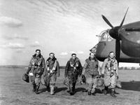 Crew of an Armstrong Whitworth Whitley Mk. V at RAF Driffield