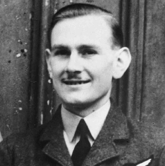 FS Stanley James Woodbridge GC, formal portrait photograph, in uniform