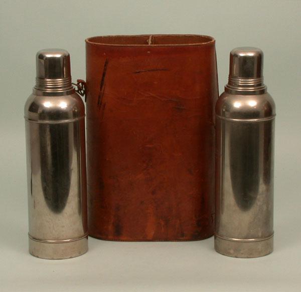 84-Z-510: Vacuum flask set]