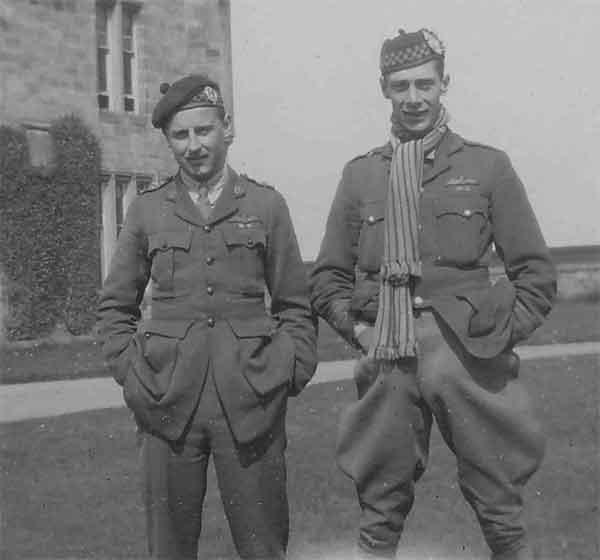 Capt Ian Henderson on the right (AC71/12/777)