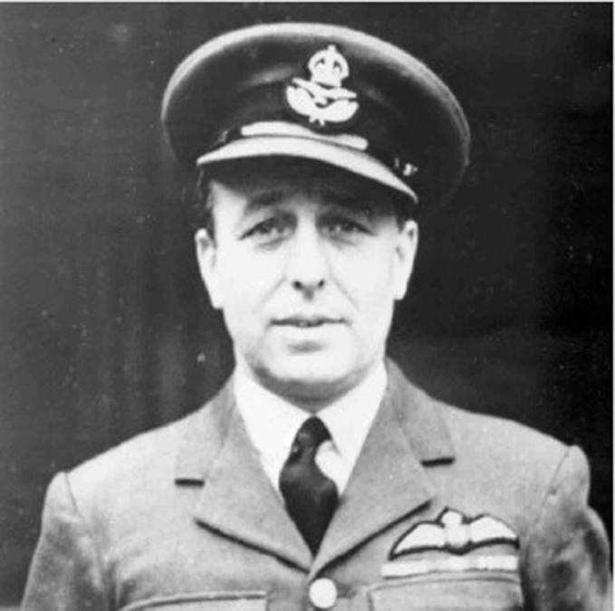 Portrait photograph of Flt Lt Wilson Hodgson Charlton GC