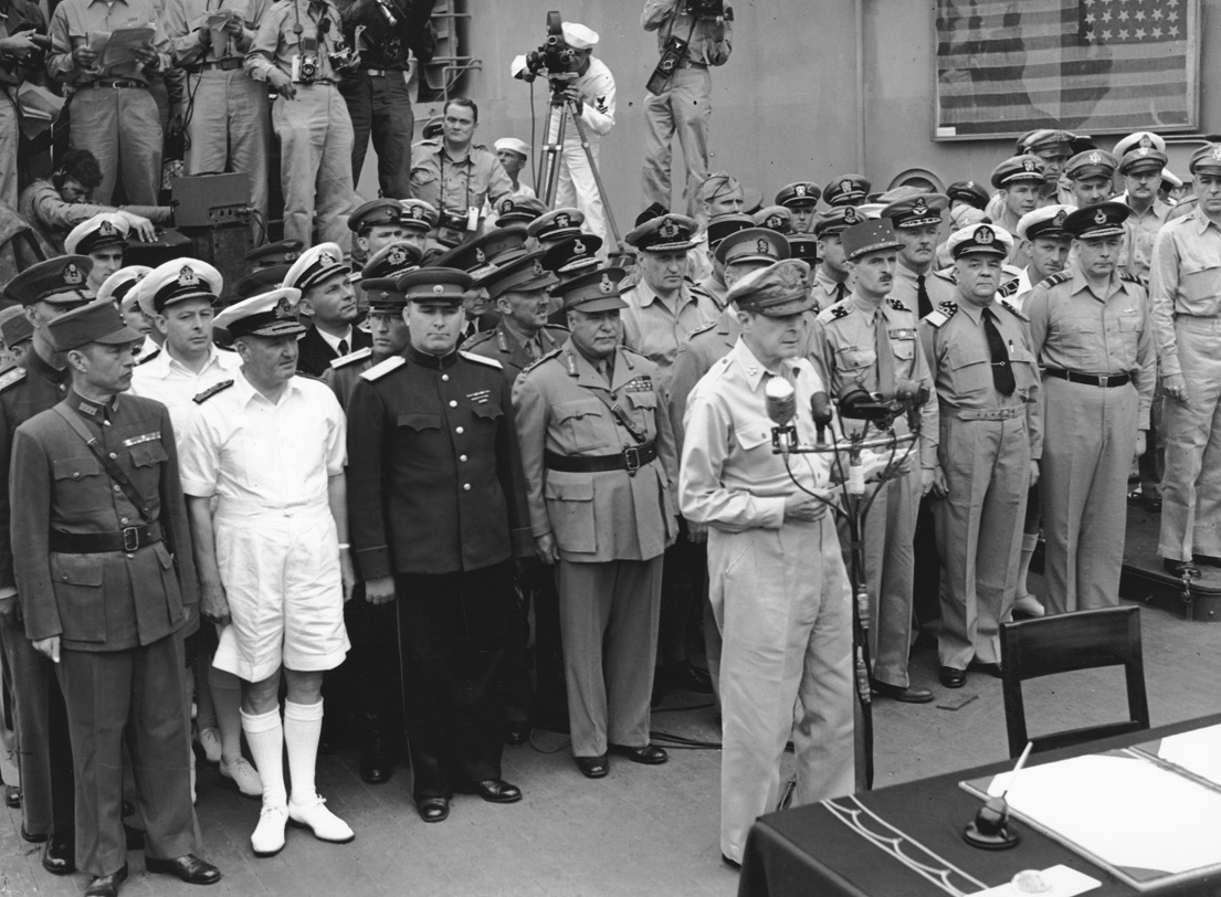A30428The Japanese surrender on USS Missouri, Tokyo Bay, 2 September 1945Imperial War Museum