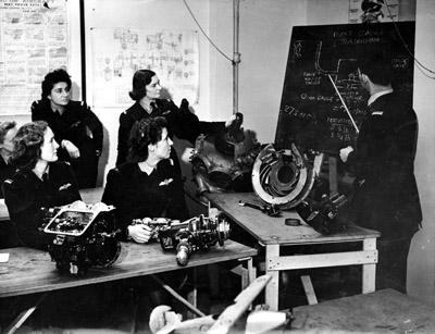 ATA pilots under technical instruction