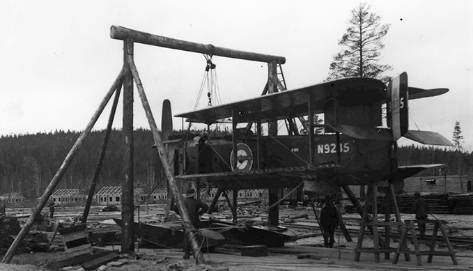 A Fairey IIIc being reassembled