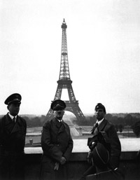 Hitler at the Eifel Tower in Paris © DVIC