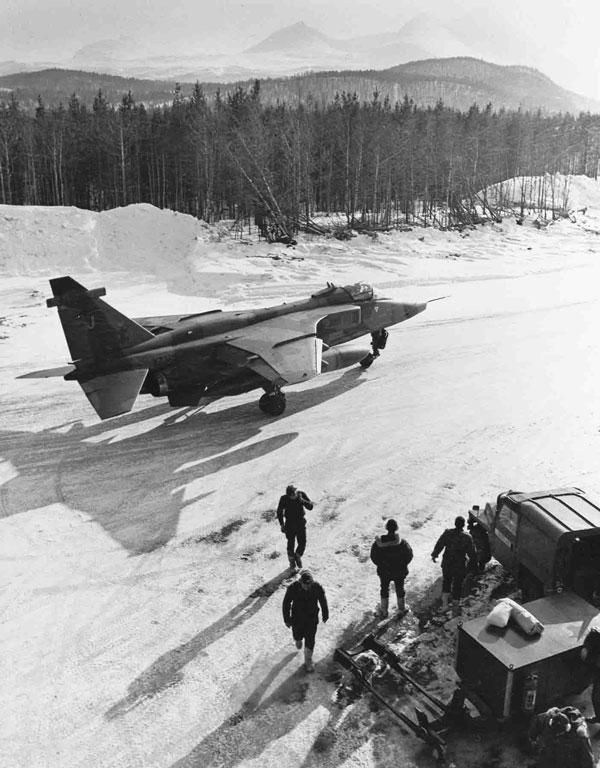 Sepecat Jaguar GR.1 (XZ365 J) of 41 Squadron on deployment to Norway (P015220)