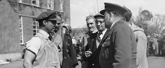 Richard Todd as Guy Gibson at RAF Scampton during the filming of 'The Dambusters', April 1954