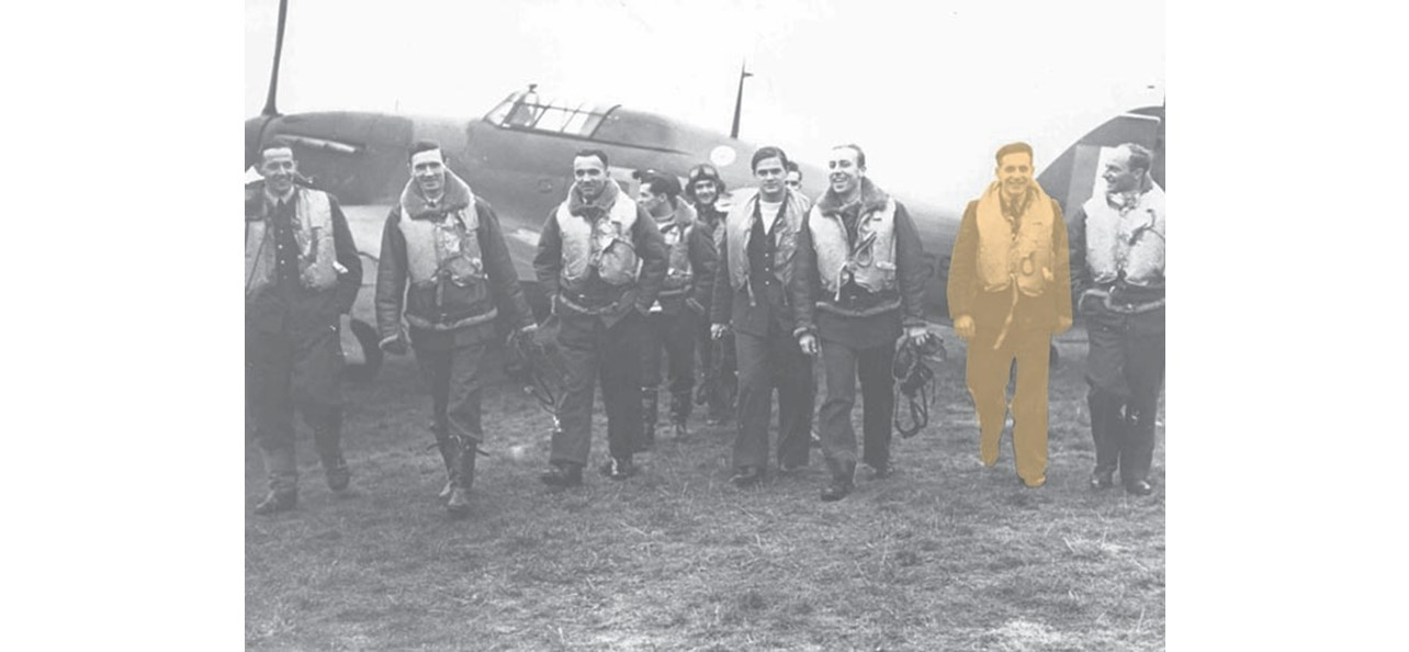 Group portrait of pilots of No. 303 Squadron with Sergeant Jan Rogowski highlighted in yellow