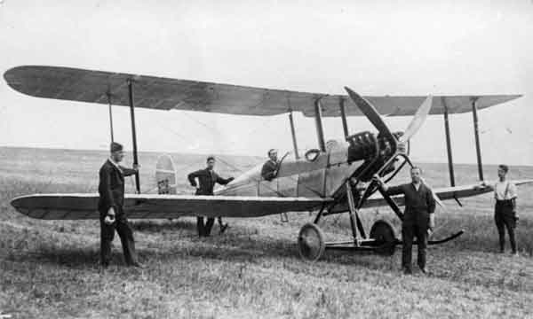 R.E.1, serial 608, in its revised form on Salisbury Plain in 1914.