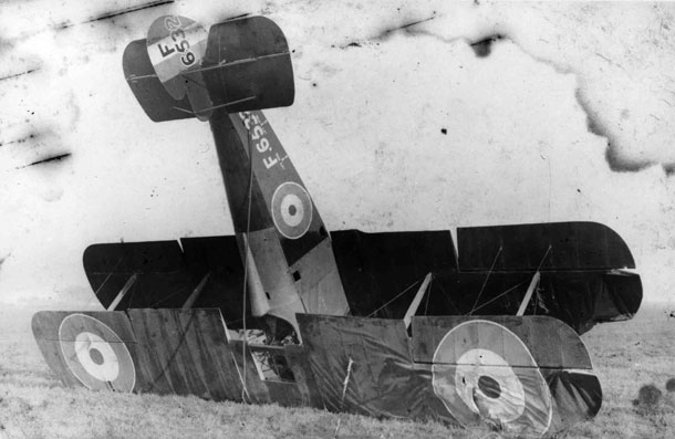 X003-2602/16502: An early-production Sopwith TF.2 Salamander, serial F6532, 96 Squadron, RAF, after a difficult landing, probably at Wyton, probably in 1919.
