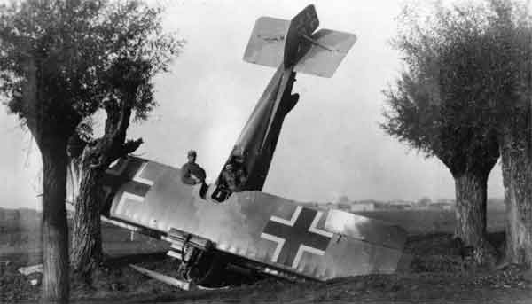 X003-2602/18672: Aviatik D.I, serial 338.38. This Series 338 aircraft, fitted with the 225hp Daimler engine, was captured near Egna, where it was photographed in November 1918