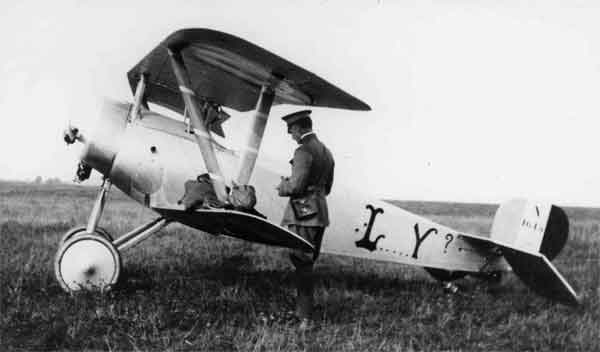 X003-2602/22045: Nieuport 21, serial N1615, 'L.....Y?', Escadrille N124, French Air Force, photographed at Behonne on 26th or 27th August 1916. This aircraft was flown by Raoul Lufbery.