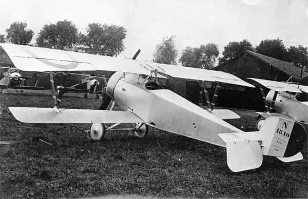 X003-2602/22047: Nieuport 21, serial N1810, French Air Force, probably during 1916.