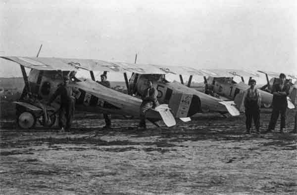 X003-2602/22096: Four Nieuports 24bis, Escadrille N97, French Air Force, probably during 1917. Aircraft serial N4479 can be seen in the foreground.