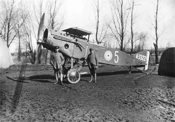 X003-2602/3231: Bristol F.2a, serial A3322, (5), seen after capture.  The aircraft, formerly of A Flight, 48 Squadron, RFC, was downed by Leutnant Lothar von Richthofen of Jasta 11 on 13 April 1917, nine days after the disaster involving Robinson.  The crew, 2 Lt H.D. Davies and 2 Lt R.S. Worsley, were made PoW.