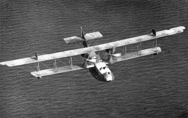 Felixstowe F.2A flying boat, c. 1918 (RAFM photograph X003-2602/6676)