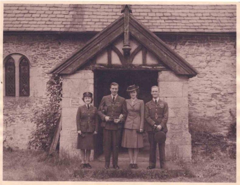 8. X006-4170 – Photograph of Sqdn Ldr Derek William Arthur Stewart and Sect Off Jean Mackie Stewart (née Milne). RAF Museum