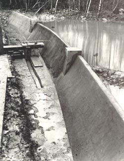 Dam model in Bricket Wood