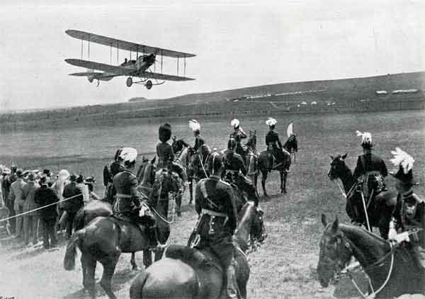 A B.E.2 from the Concentration Camp, performing a flypast at The King's Birthday Review at Salisbury Plain, 22 June 1914