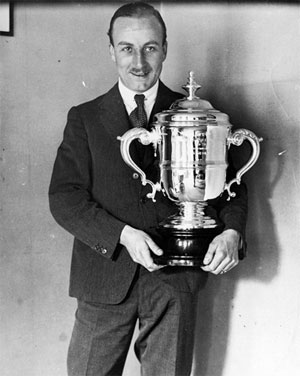 Alan Cobham winning the 1924 King's Cup air race