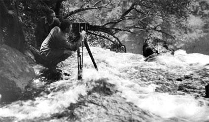 Arthur Elliott and Basil Emmott later filmed Victoria Falls