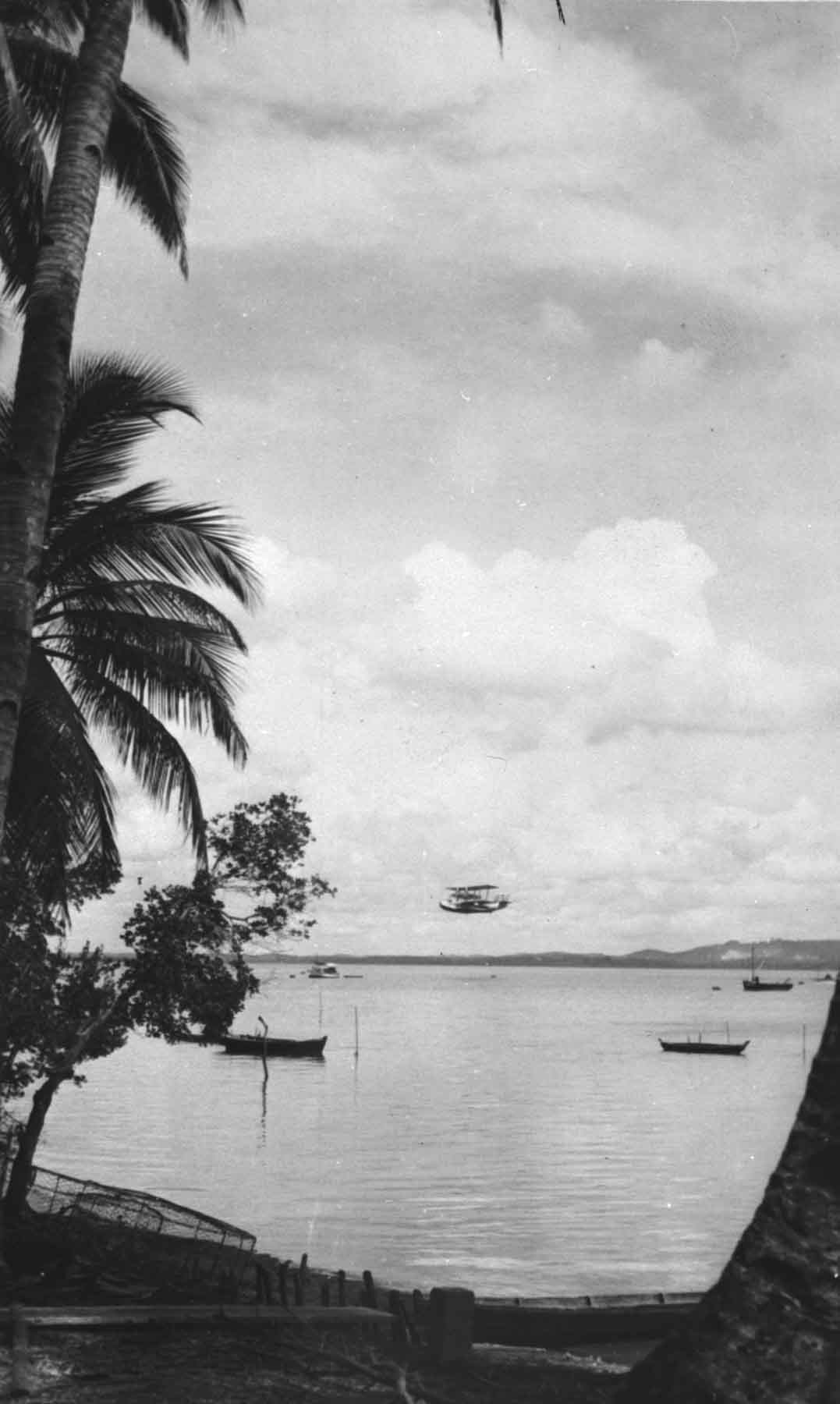 Straits of Jahore, Short Singapore III coming in to land, undated