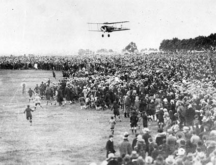 Alan Cobham landing at Essendon Aerodrome, Melbourne, Australia