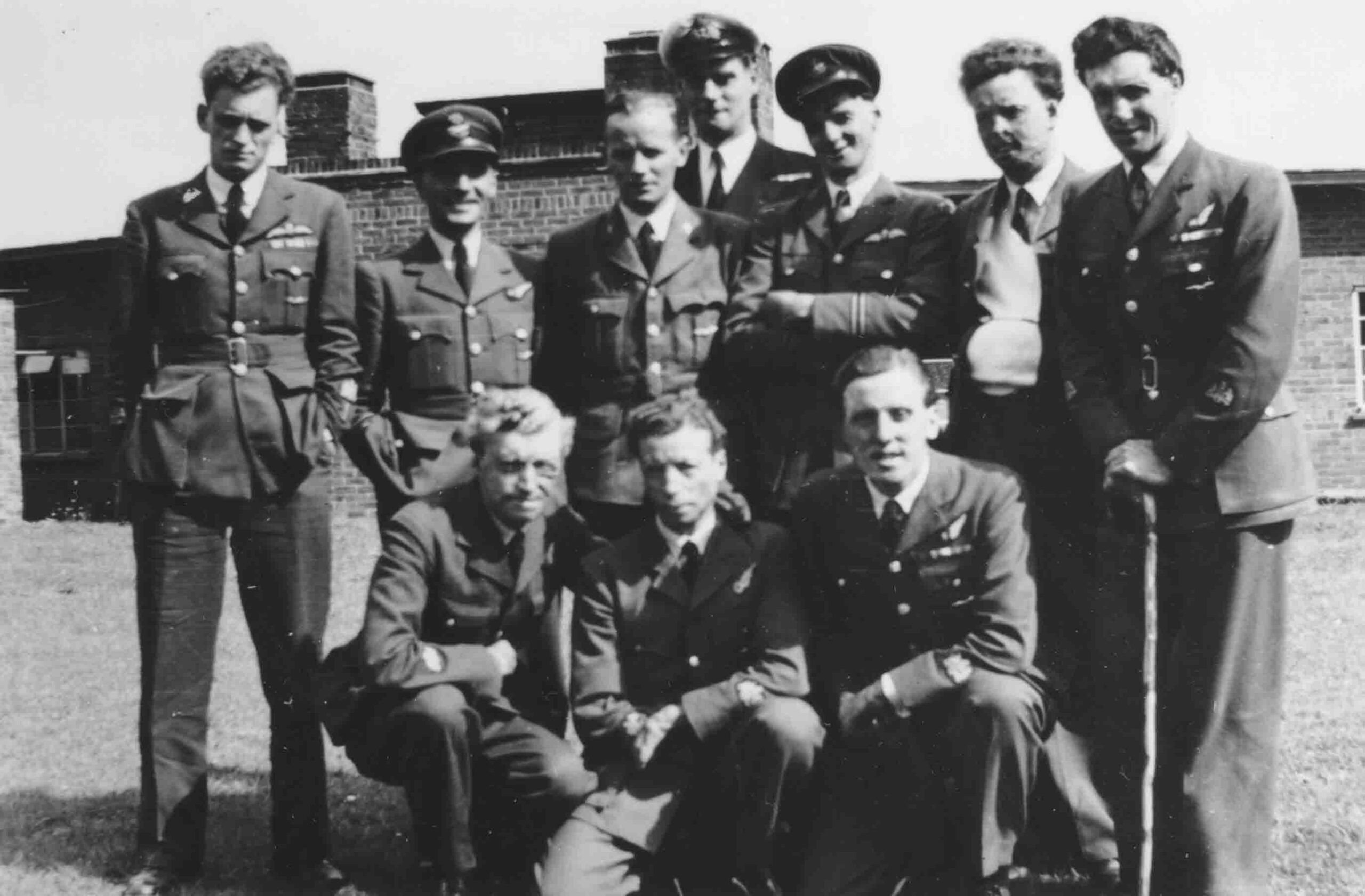 PC97/24/6 RAF personnel returning to East Grinstead after a trip to Switzerland, 1946
