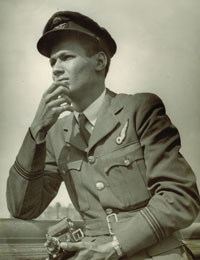 Flight Lieutenant Cy Grant from British Guiana (Guyana), circa 1945 (Courtesy of Air Historical Branch)