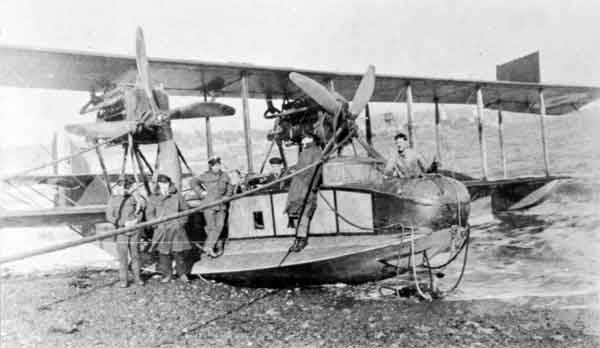 Curtiss H.12B Large America of 234 Squadron, beached, Tresco, 1918 (RAFM photograph P003583)