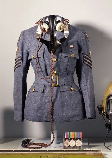 Uniform of Avis Hearn