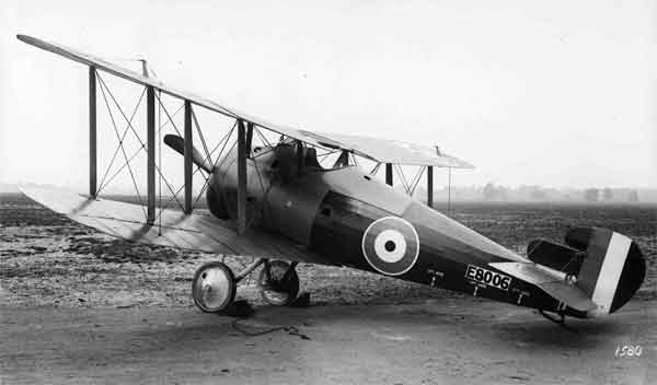 Sopwith 7F.1 Snipe, serial E8006, photographed at the Aeroplane Experimental Station, RAF, Martlesham Heath, August or September 1918.  This was another early-production aircraft with plain upper wing ailerons and a small tail fin and rudder.