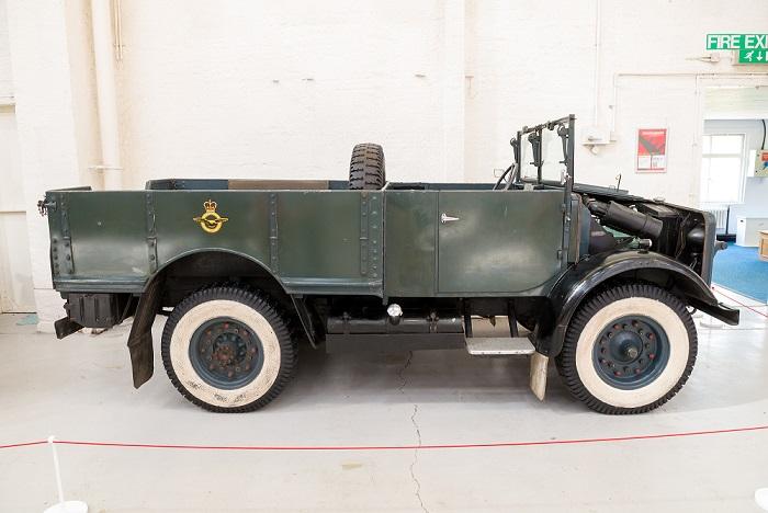 Bedford MWC 15cwt Truck