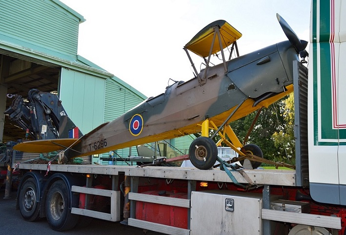 Tiger Moth arrival at Cosford
