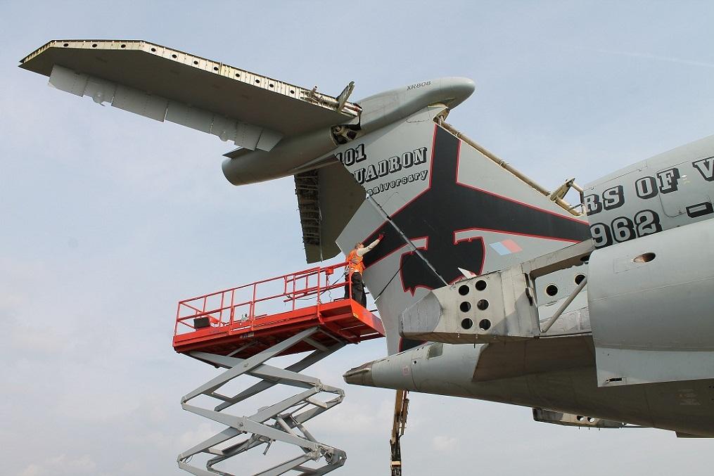 VC10 rudder removal