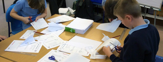 Pupils working on glider project