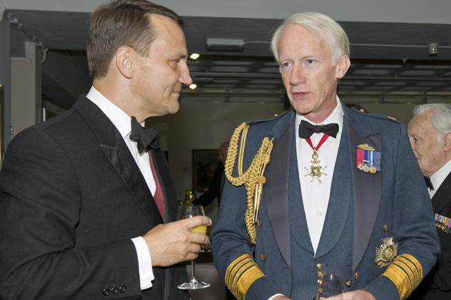 Mr. Radoslaw Sirkorski, the Polish Foreign Minister with Sir Stephen Dalton, Chief of Air Staff.