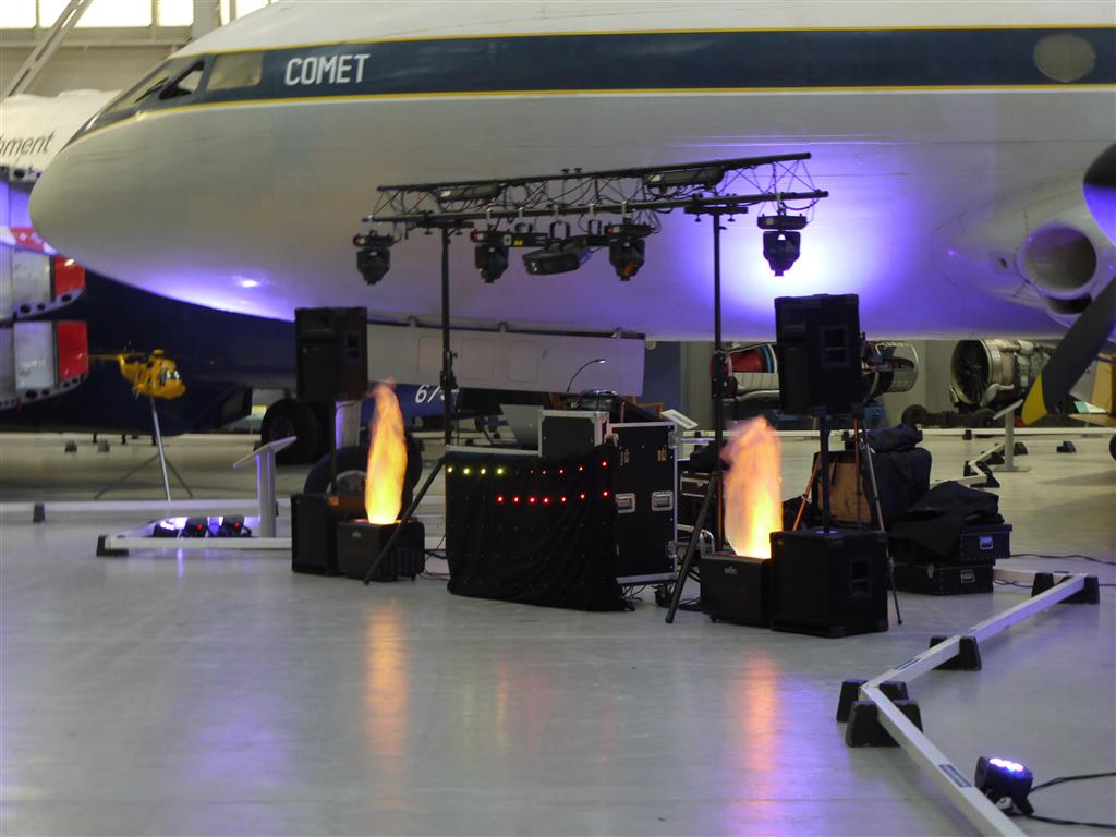 Whether it's a disco or a live band, acoustics in the hangar are great!
