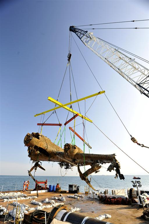 Dornier 17 being lifted by the massive crane