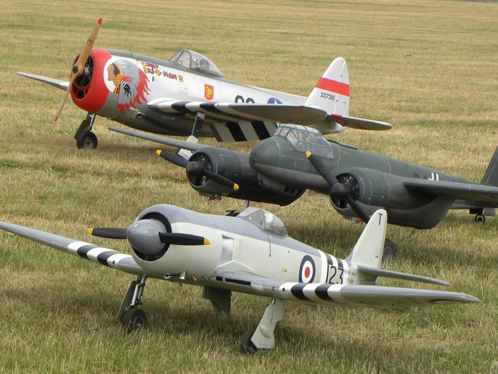 Weekend Freedom Machines >> Large Model Aircraft Rally at Cosford July 2013