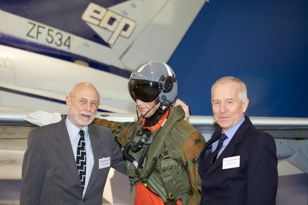 EAP Test Pilots David Eagles and Chris Yeo