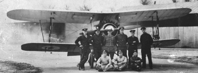 Personnel of No. 32 Squadron in front of Gloster Grebe