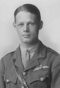 RFC officer wearing his Pilot's Wings